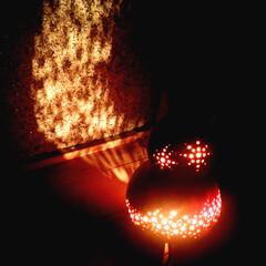 ランプ/ひょうたん/間接照明/生活雑貨 ひょうたんに穴を開けただけでこんなに素敵…