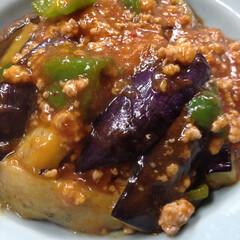 夕御飯/麻婆茄子/ピーマン/茄子/フード/グルメ 今日は高知産茄子が安かったので、麻婆茄子…