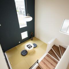 スキップフロア/小上がり和室/中二階/和室/畳/一戸建て/... 『スキップフロアの家族の癒しスペース』 …