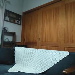 グラニースクエア/かぎ編み/編み物/ソファー/インテリア スキマ時間でコツコツと。 グラニースクエ…