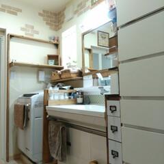 TOTO/洗面台/洗面所/DIY/雑貨/100均/... 洗面所。 広めの3畳あります。  DIY…