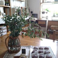 FONTAINE かご編みガラスフラワーベース ピッチャー LYGN1030 YY CR3 SPICE プレゼント かご フラワーベース 花瓶 花びん ガラス瓶(花瓶、花器)を使ったクチコミ「四連休初日、彼岸入り。  みなさんどこか…」
