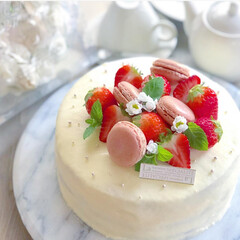 いちごケーキ/苺祭り/手作りケーキ/おうちカフェ/手作りおやつ/手作りスイーツ/... 結婚記念日のケーキ🎂として作りました♡ …