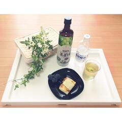 美酢/炭酸割り/マスカット/IKEA/折りたたみ机/フェイクグリーン/... 美酢〜!!!  これはどはまり。 炭酸と…