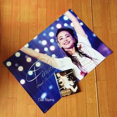 安室奈美恵/ブルーレイ/ライブ/ポスター/引退/さびしい/... ラスト。 売り上げすごいですね。 誰にも…