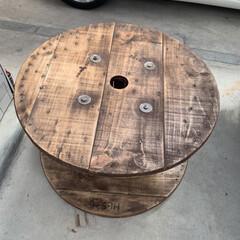 ステンシル/ケーブルドラムリメイク/DIY こんばんは⭐️ ケーブルドラムをテーブル…(6枚目)