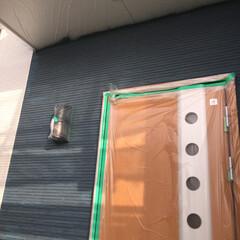 楽しみは後にとっておこう〜❣️/外壁塗装/日に日に変化あり/家の中真っ暗/住まい