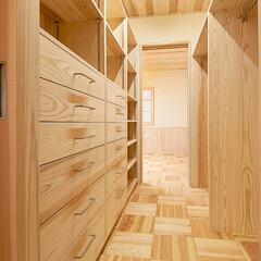 やすら樹/無垢杉材/快適杉フロアー/サンブスギ/フルオーダー家具/マンション/... 既存マンションを無垢杉材を使用して、床を…