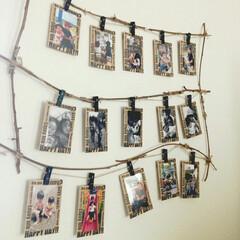 フレーム/写真の飾り方/写真/DIY/雑貨/100均/... お気に入りの子供たちの写真は、壁に飾って…