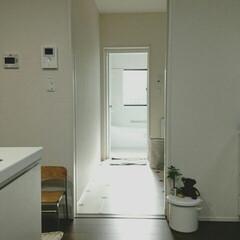 ミニマリスト/シンプルライフ/シンプルインテリア/マイホーム/洗面所/浴室・風呂/... 我が家の水回りです(*´∀`)   1枚…(1枚目)