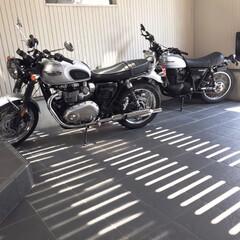 バイク/趣味/ガレージ/インテリア/住まい/建築/... 趣味 バイク好き トライアンフ ボンネビ…
