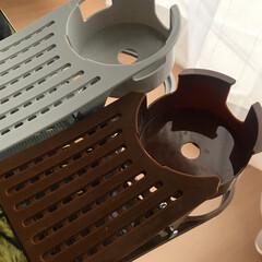使いやすい.. クリップ 式 ドリンク ホルダー 取って付き マグカップ も OK(カトラリー、箸)を使ったクチコミ「テーブルに据え付けのiQOS置きと動画視…」