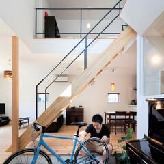 自然素材/無垢材/無垢杉の床/漆喰の壁/白い壁/W断熱の家/... . ~ゆとりの広さの土間スペースは  自…