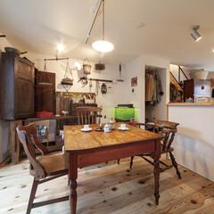 自然素材/無垢材/無垢杉の床/漆喰の壁/白い壁/W断熱の家/... . ~アンティーク家具や雑貨で  自分好…