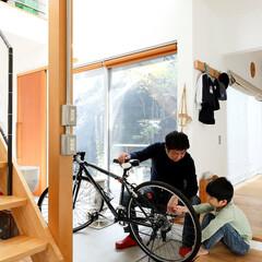 土間/無垢材/親子/パパ/息子/自転車/... . ~土間スペースはパパと息子の  男同…