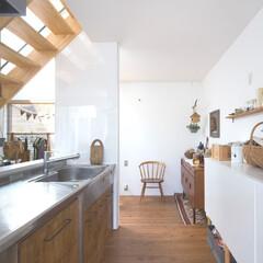 自然素材/無垢材/無垢杉の床/漆喰の壁/白い壁/W断熱の家/... . ~ウッド調の家具や雑貨で  ナチュラ…