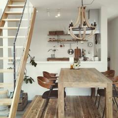 自然素材/無垢材/無垢杉の床/漆喰の壁/白い壁/W断熱/... . ~海辺のカフェを思わせる  アンティ…