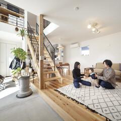 自然素材/無垢材/無垢杉の床/漆喰の壁/白い壁/W断熱の家/... . ~ぬくもりを感じる  ナチュラルテイ…