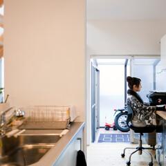 自然素材/無垢材/土間/四角の家/漆喰の壁/白い壁/... . ~レシピもすぐに検索できる  キッチ…