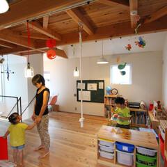 無垢材/自然素材/フリースペース/ハコの家/四角の家/階段/... . ~おもちゃも絵本もテーブルも!  子…