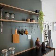 自然素材/無垢材/無垢杉の床/漆喰の壁/白い壁/W断熱の家/... . ~ナチュラル雑貨で統一された  カフ…