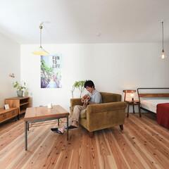 自然素材/無垢材/無垢杉の床/漆喰の壁/白い壁/W断熱の家/... . ~他のどんな場所よりも  ゆるやかに…
