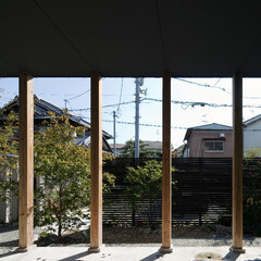 自然素材/無垢材/四角の家/ウッドデッキ/土間/ハコの家/... . ~リビングから繋がるウッドデッキは …