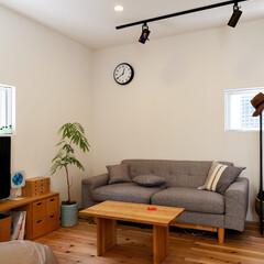 自然素材/無垢材/無垢杉の床/漆喰の壁/白い壁/W断熱の家/... . ~無垢材の魅力を最大限に活かした  …