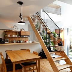 自然素材/無垢材/無垢材の床/漆喰の壁/白い壁/リビングダイニング/... . ~ . 家をおしゃれに住みこなそう。…