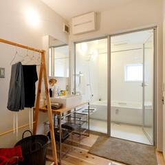 ds/D´S STYLE/脱衣室/洗面所/浴室/自然素材/... 家をおしゃれに住みこなそう。 そう、着こ…