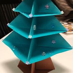 子供/工作/クリスマスツリー/2018/フォロー大歓迎/ハンドメイド/... もうすぐクリスマス🎄 学校の工作で子供が…
