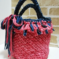 てづくり/手編み/Tシャツヤーン/かごバッグ/バッグ/雑貨/... Tシャツヤーンのバッグを作ってみました🎵