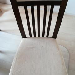 椅子の張り替え/椅子リメイク/簡単リメイク/リメイク家具/ハンドメイド/DIY/... 8年程前に購入したダイニングテーブルとセ…