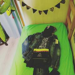 IKEA/トレーナ/ジーンズ/子供部屋/ZARAコーデ/ZARA/... 長男の服。もうサイズ160て、まだ小学生…