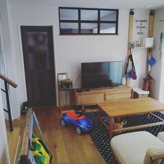 見せる収納/無垢の床/Lアングル/棚DIY/momonatural/ソーホースブラケット/... リビングのテーブル修理完了!