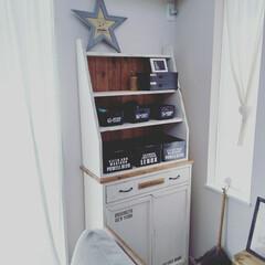 ワトコオイル/DIY女子/ステンシル/見せる収納/インテリア/ソファー/... 棚の箱をすべて黒に統一しました。