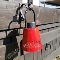 ソーラーライト/DIY/ハンドメイド/100均/ダイソー/植木鉢 ダイソーの植木鉢で作った、ソーラーランタ…