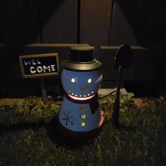 ソーラーライト/雪だるま/フォロー大歓迎/クリスマス/DIY/100均/... ダイソーの植木鉢&ソーラーライトで作った…