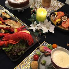 クリスマスケーキ/チョコレートケーキ/ケーキスタンド/ガトーショコラ/パーティ演出/パーティー料理/... クリスマスのコーディネートです 全て手作…