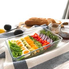 冷やし中華/ラーメンサラダ 冷やし中華を取り分け食べれるように具材を…