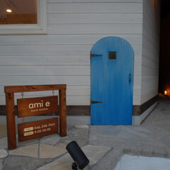 Hair Room ami e/アミエ/フェイク扉/塗装/エイジング/看板/... 歩道に面するこの扉は高さが120cm。