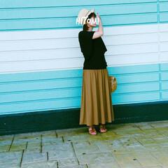 ファッション スカートだけちょっと秋の気分🌰🍂🍁