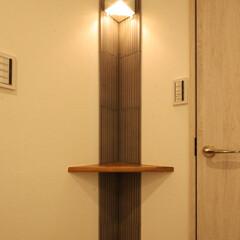 棚/タイル/照明 ちょっとしたスペースも利用し飾り棚を作り…