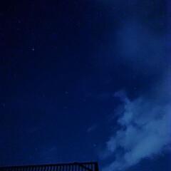 月明かり/暗闇/シャッタースピード長め/星空/夜空/夏休み/... 夏の最後に、四国の友人宅へ。 車のライト…