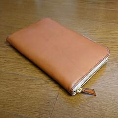 デカい/パンパン/カードたくさん/財布/レザークラフト/革製品 カードがいっぱい入る財布を作りたくて、ず…