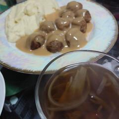 ソース/マッシュポテト/ミートボール/フード/おうちごはん/イケア 本日の夕食はIKEAのミートボール  見…