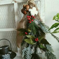 フェイク/玄関飾り/クリスマス/スワッグ/雑貨/100均/... アイデア投稿にあったスワッグ作り方を参考…