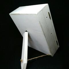 ジュタドール/ピアススタンド/アンティーク アンティーク小箱に真鍮バーをはめてピアス…(3枚目)