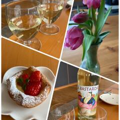 ワインで乾杯/今日はお昼から/結婚記念日 結婚記念日☆  今日はお昼からワインで乾…(1枚目)