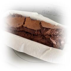 お菓子作り/間違いなく美味しい/LIMIAのレシピを参考/久々に焼いてみた/ガトーショコラ/ハンドメイド/... ガトーショコラ☆  久々にガトーショコラ…